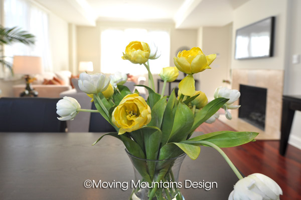 Los Angeles Home Staging Beautiful Flowers