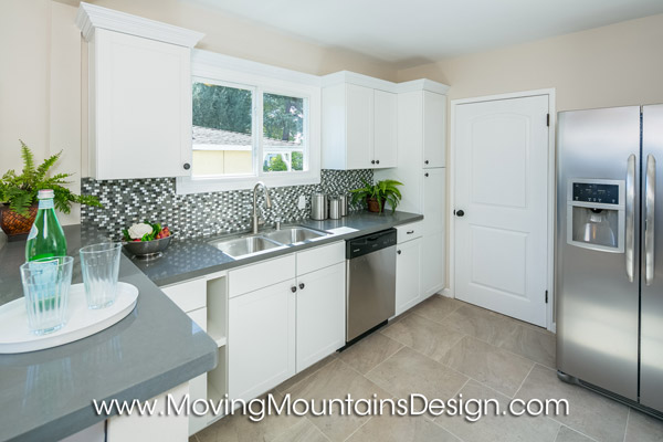 Home Staging Altadena Kitchen