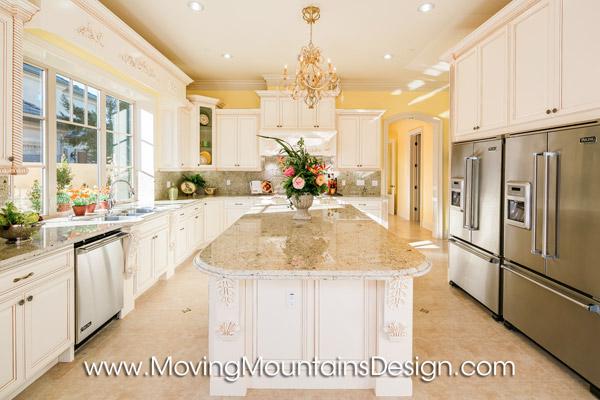 270 Walnut Arcadia Home Staging kitchen