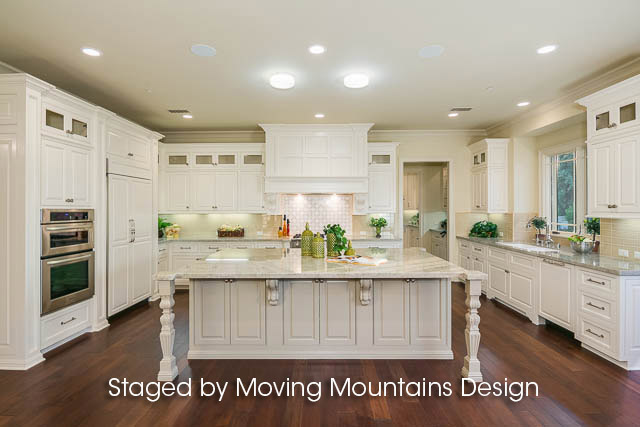 Kitchen in Luxury Arcadia Home Staging