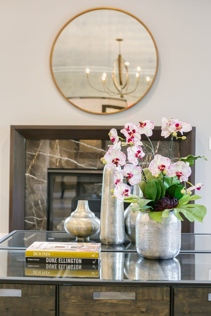 detail luxury home staging